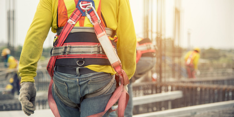 Safety Harness Training is Critical for anyone Working at Height